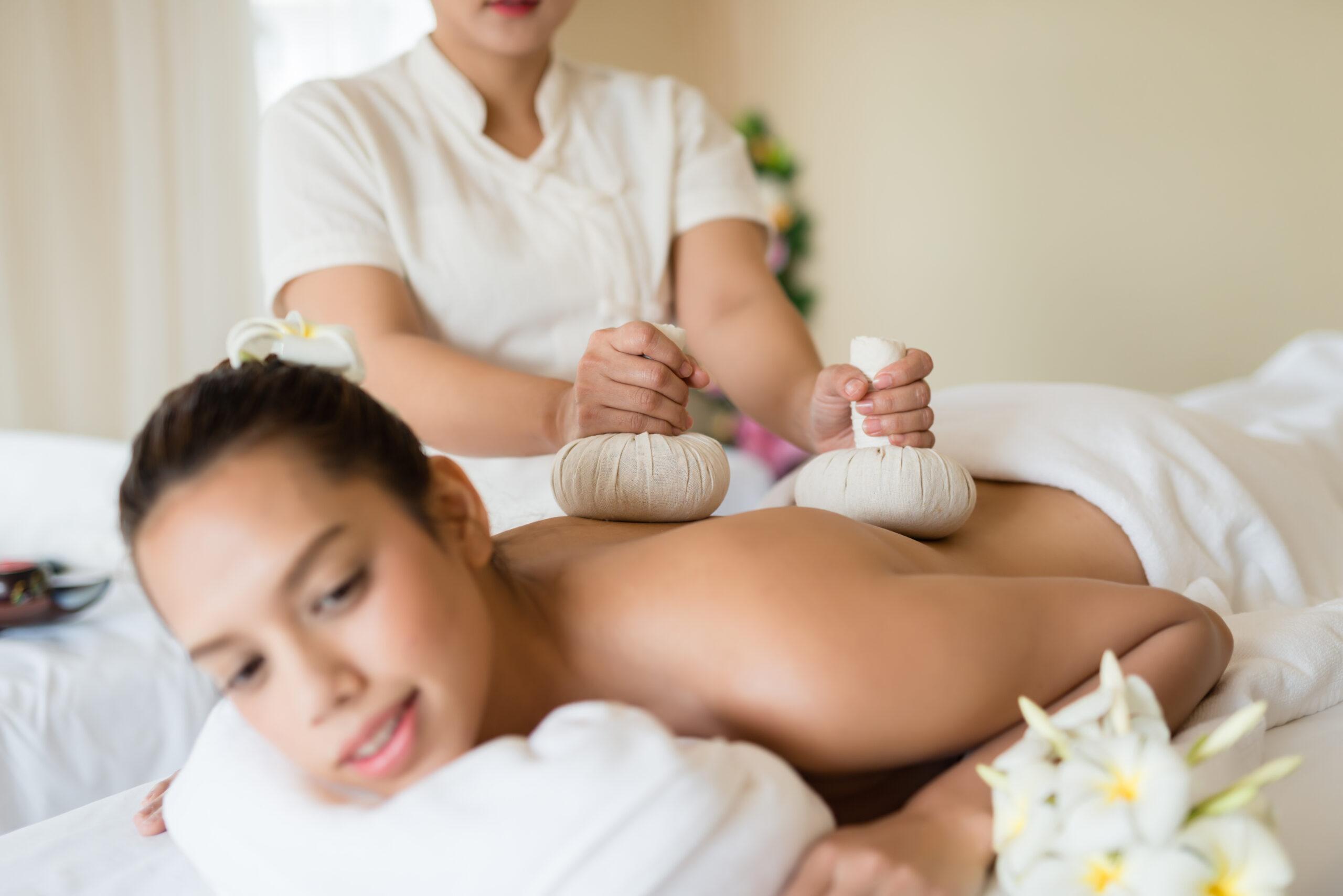 Entspannung mannheim massage mit thai Lavendel Thaimassage